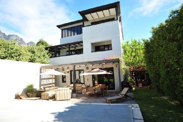 Camps Bay property to rent. Ref No: 13506840. Picture no 18