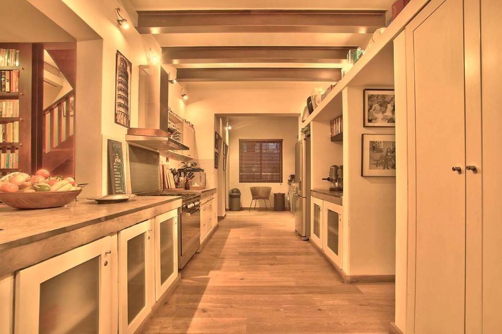 Camps Bay property to rent. Ref No: 13506840. Picture no 41