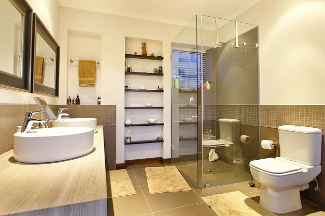Camps Bay property to rent. Ref No: 13506840. Picture no 14