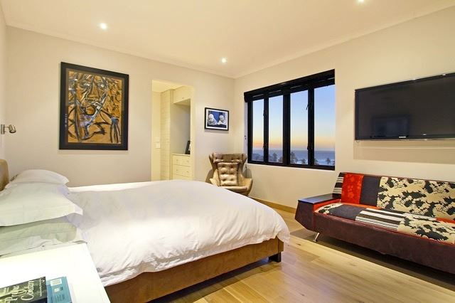 Camps Bay property to rent. Ref No: 13506840. Picture no 15