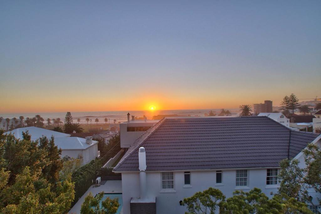 Camps Bay property to rent. Ref No: 13506840. Picture no 31