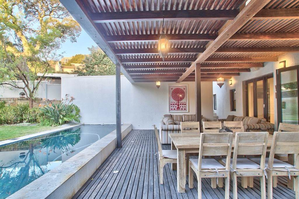 Camps Bay property to rent. Ref No: 13506840. Picture no 25