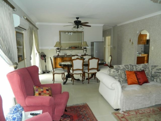 3 BedroomFlat For Sale In Aquapark