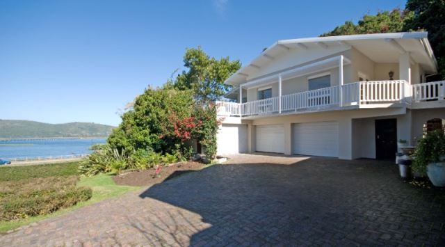 4 BedroomHouse For Sale In Paradise