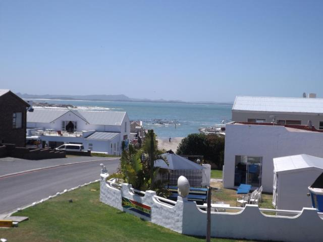 5 BedroomHouse For Sale In Kleinbaai