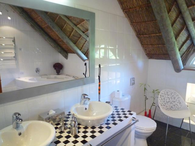 Swellendam property for sale. Ref No: 13479911. Picture no 35
