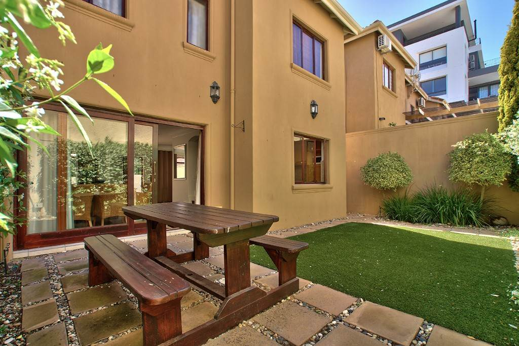 Fresnaye property to rent. Ref No: 13475558. Picture no 4