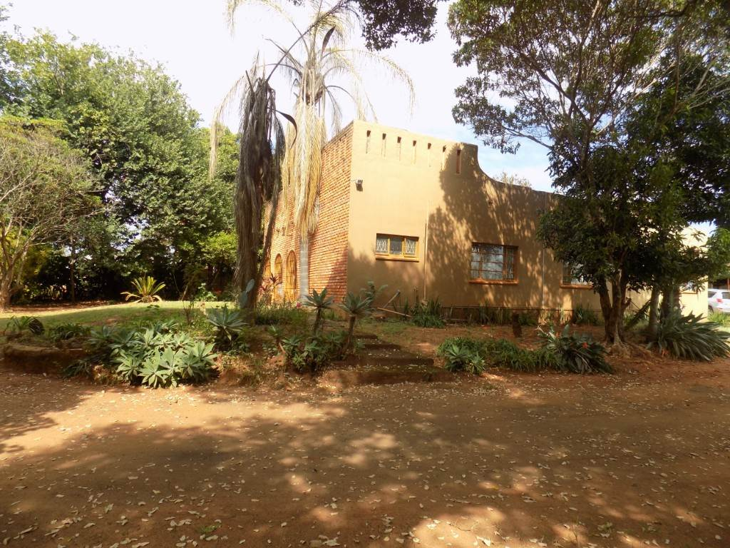 3 BedroomSmall Holding For Sale In Aquapark