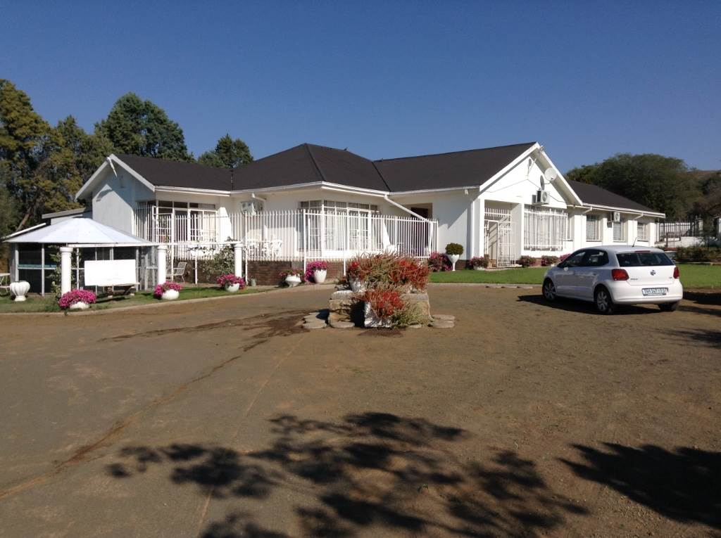 4 BedroomHouse For Sale In Dewetsdorp