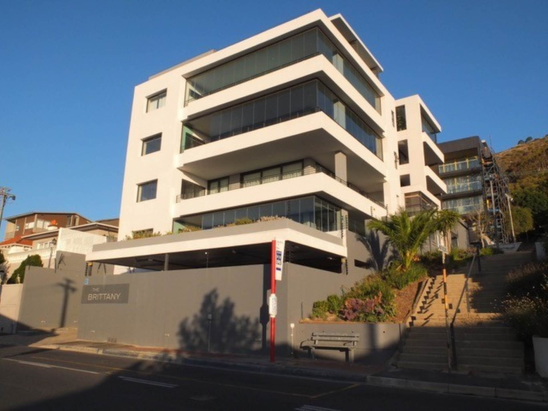 Cape Town, Sea Point Property    Houses To Rent Sea Point, SEA POINT, Apartment 2 bedrooms property to rent Price:, 45,00*