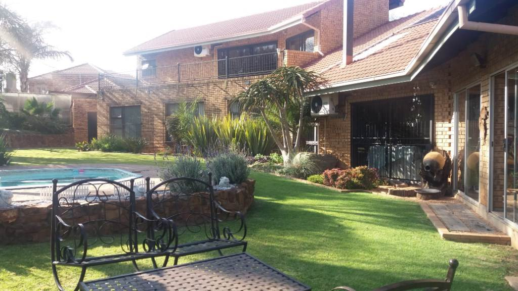 Pretoria, Moreleta Park Property  | Houses For Sale Moreleta Park, MORELETA PARK, House 5 bedrooms property for sale Price:3,700,000