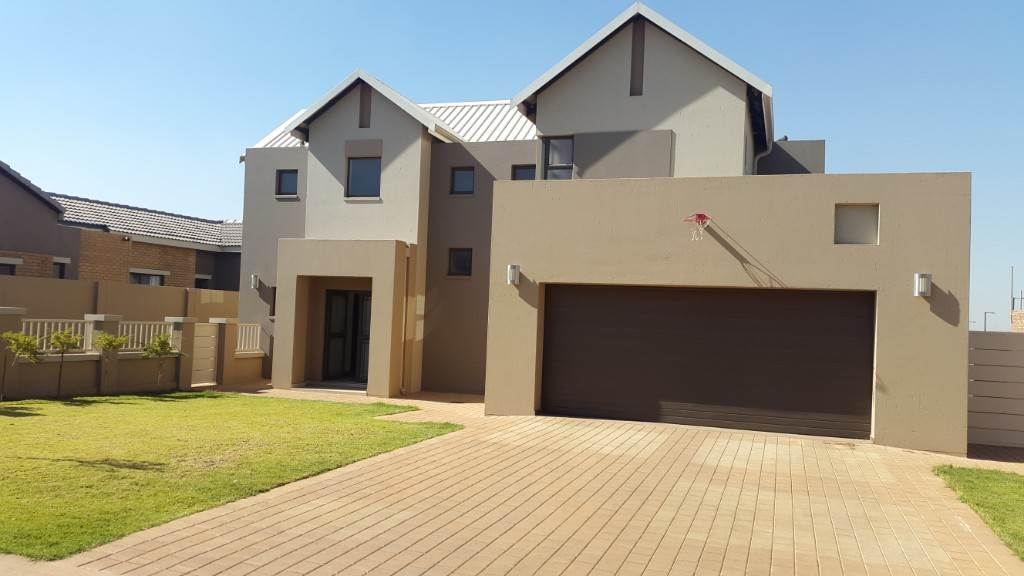 Property and Houses for sale in Midstream Ridge, House, 3 Bedrooms - ZAR 2,920,000