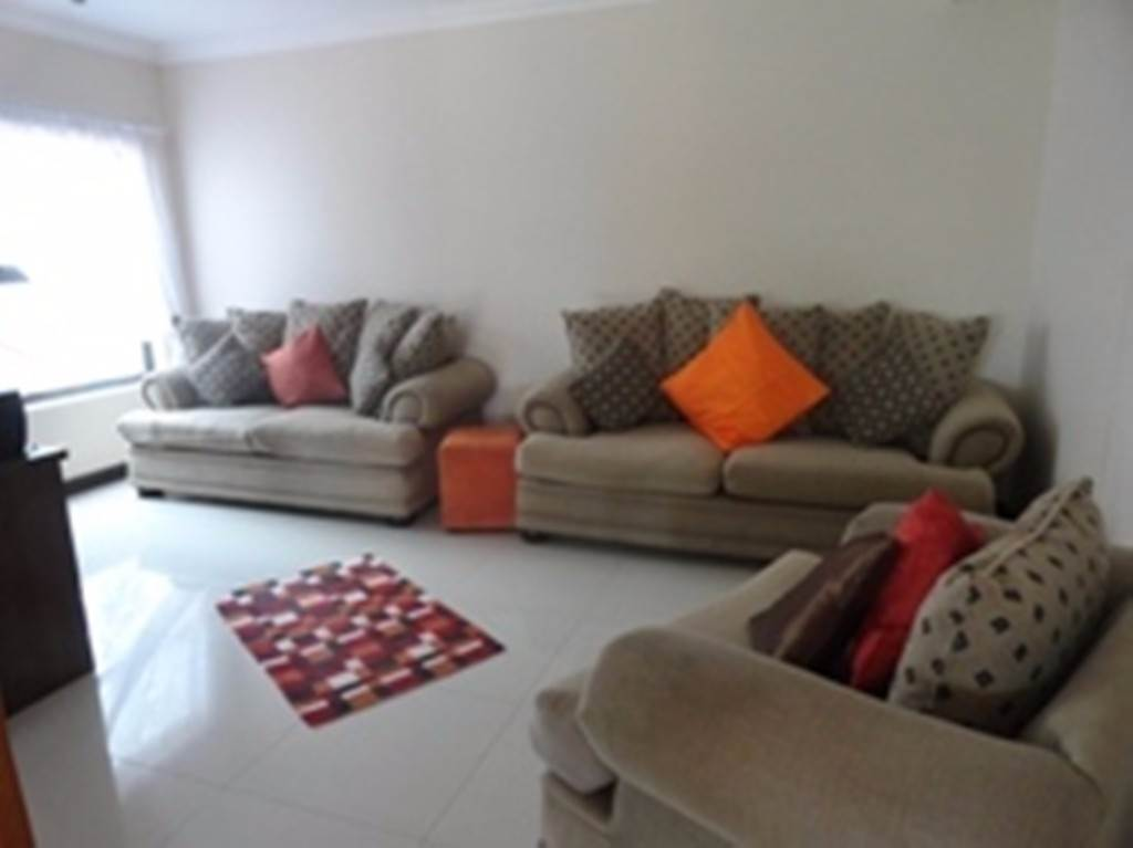 Willow Acres Estate property for sale. Ref No: 13534553. Picture no 7