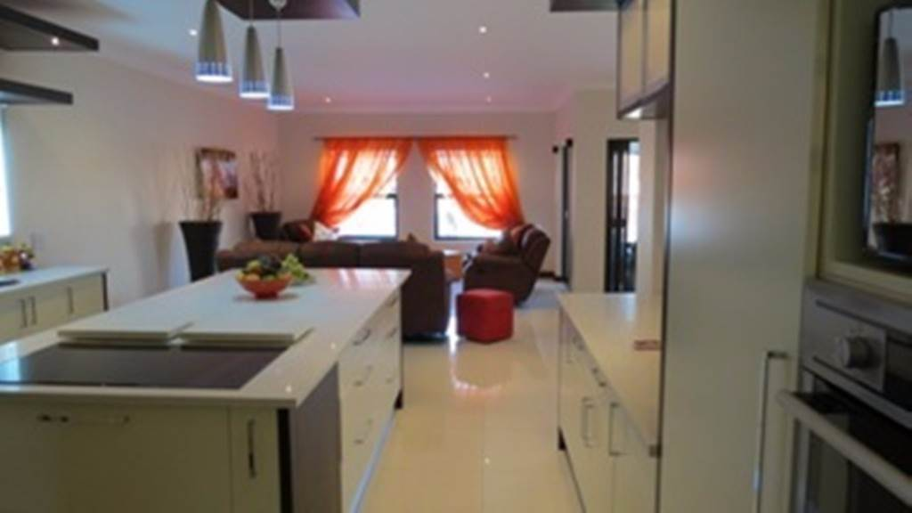 Willow Acres Estate property for sale. Ref No: 13534553. Picture no 40
