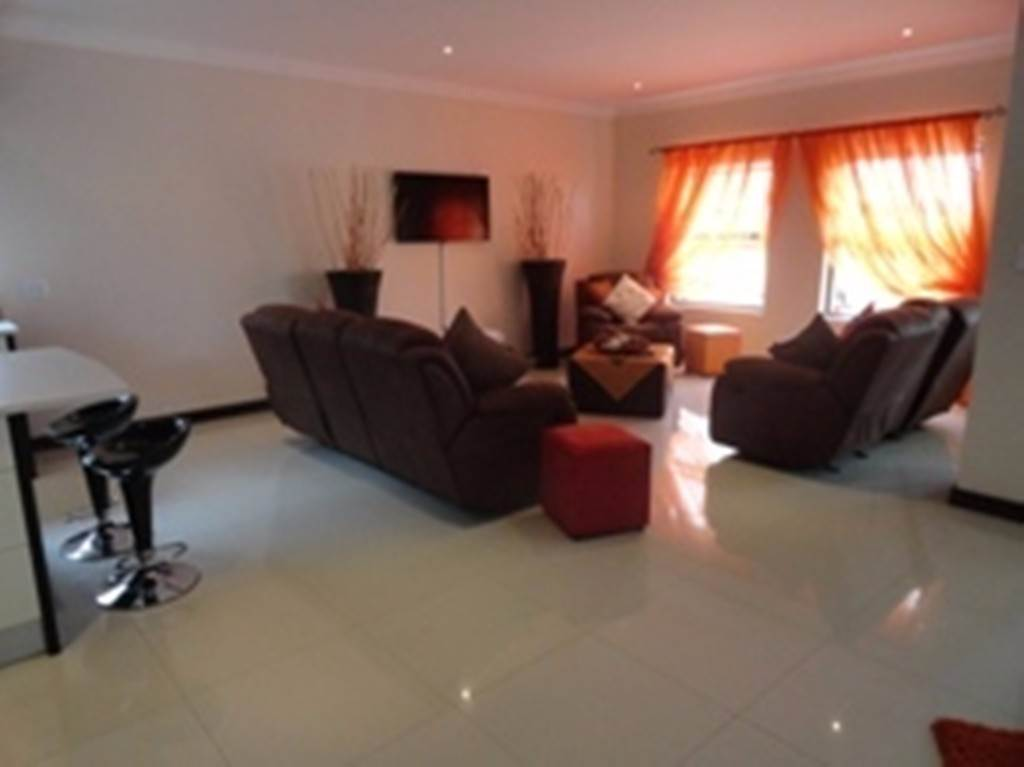 Willow Acres Estate property for sale. Ref No: 13534553. Picture no 5