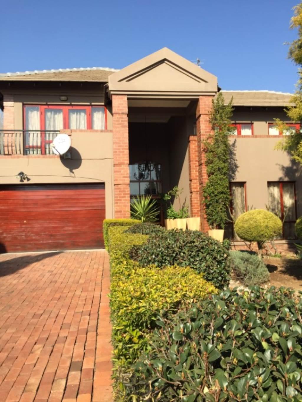 Pretoria, Willow Acres Estate Property  | Houses To Rent Willow Acres Estate, WILLOW ACRES ESTATE, House 3 bedrooms property to rent Price:, 26,00*
