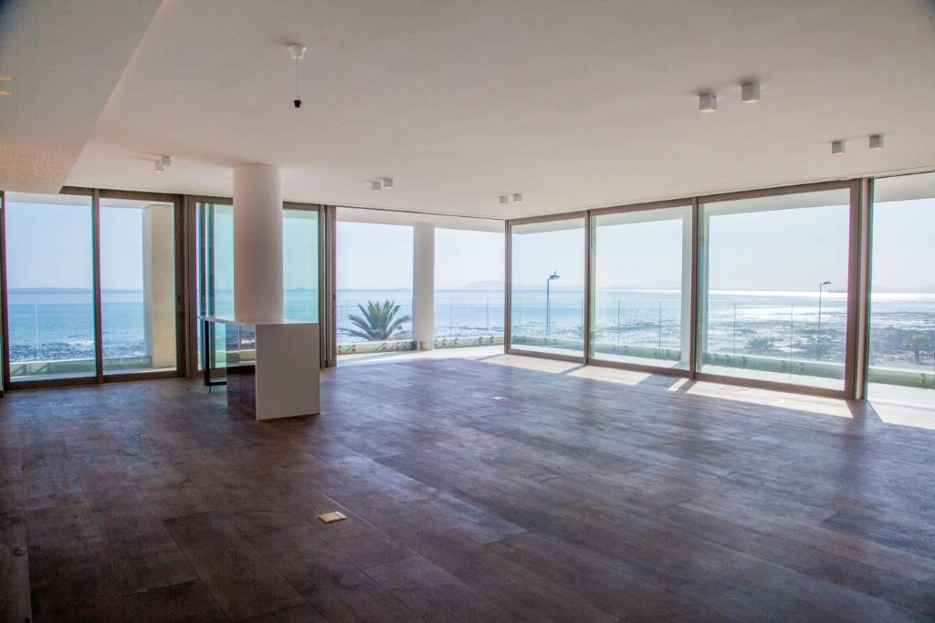 Cape Town, Mouille Point Property  | Houses To Rent Mouille Point, MOUILLE POINT, Apartment 3 bedrooms property to rent Price:, 95,00*