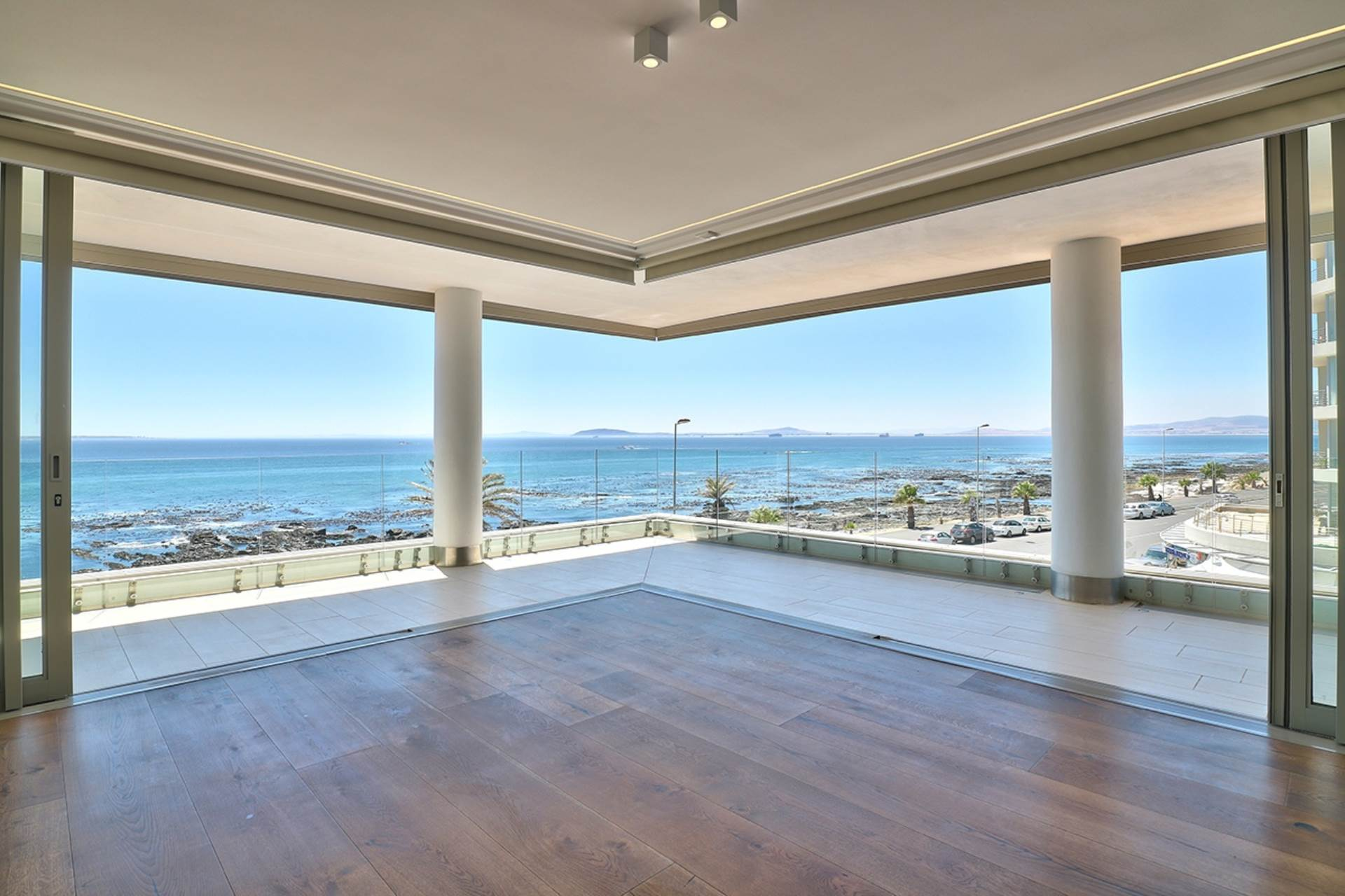 Cape Town, Mouille Point Property  | Houses For Sale Mouille Point, MOUILLE POINT, Apartment 3 bedrooms property for sale Price:37,000,000