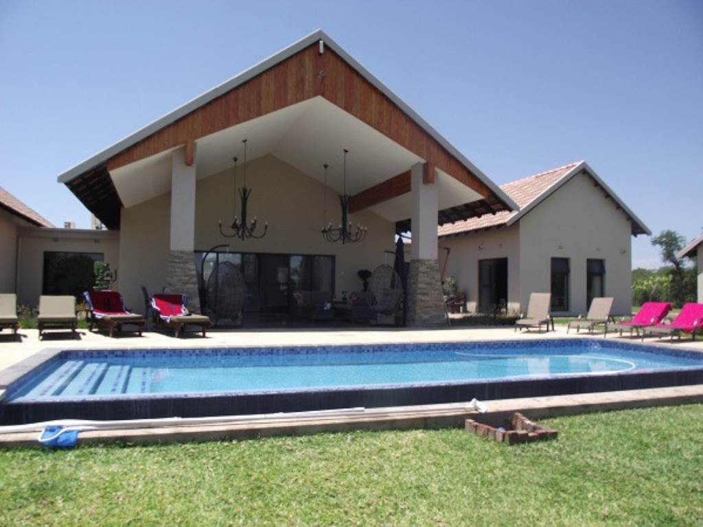 3 BedroomHouse For Sale In Mahlathini Private Game Reserve