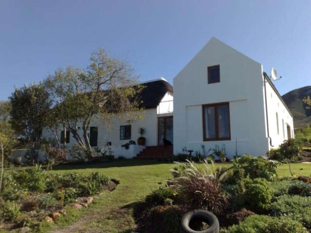10 BedroomFarm For Sale In Baardskeerdersbos