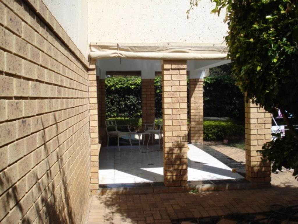 Waterkloof Ridge Ext 1 property for sale. Ref No: 13534353. Picture no 20