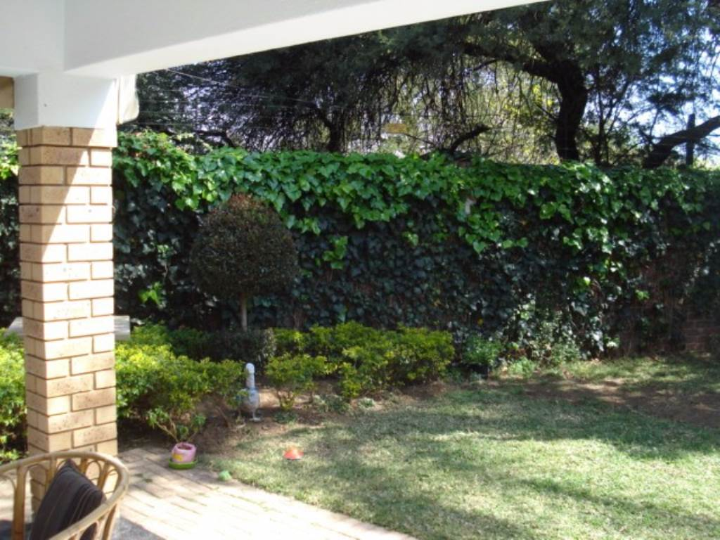 Waterkloof Ridge Ext 1 property for sale. Ref No: 13534353. Picture no 21