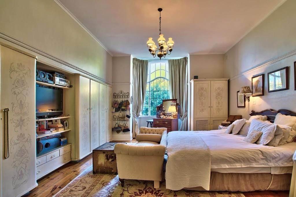 Oranjezicht property for sale. Ref No: 13541192. Picture no 4