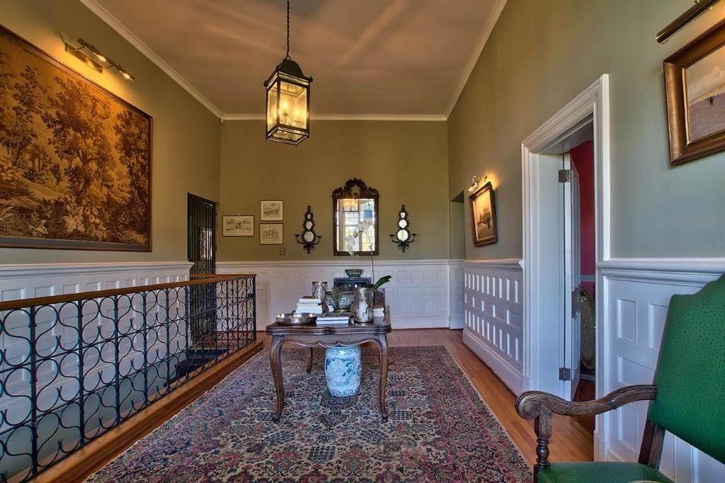 Oranjezicht property for sale. Ref No: 13541192. Picture no 9