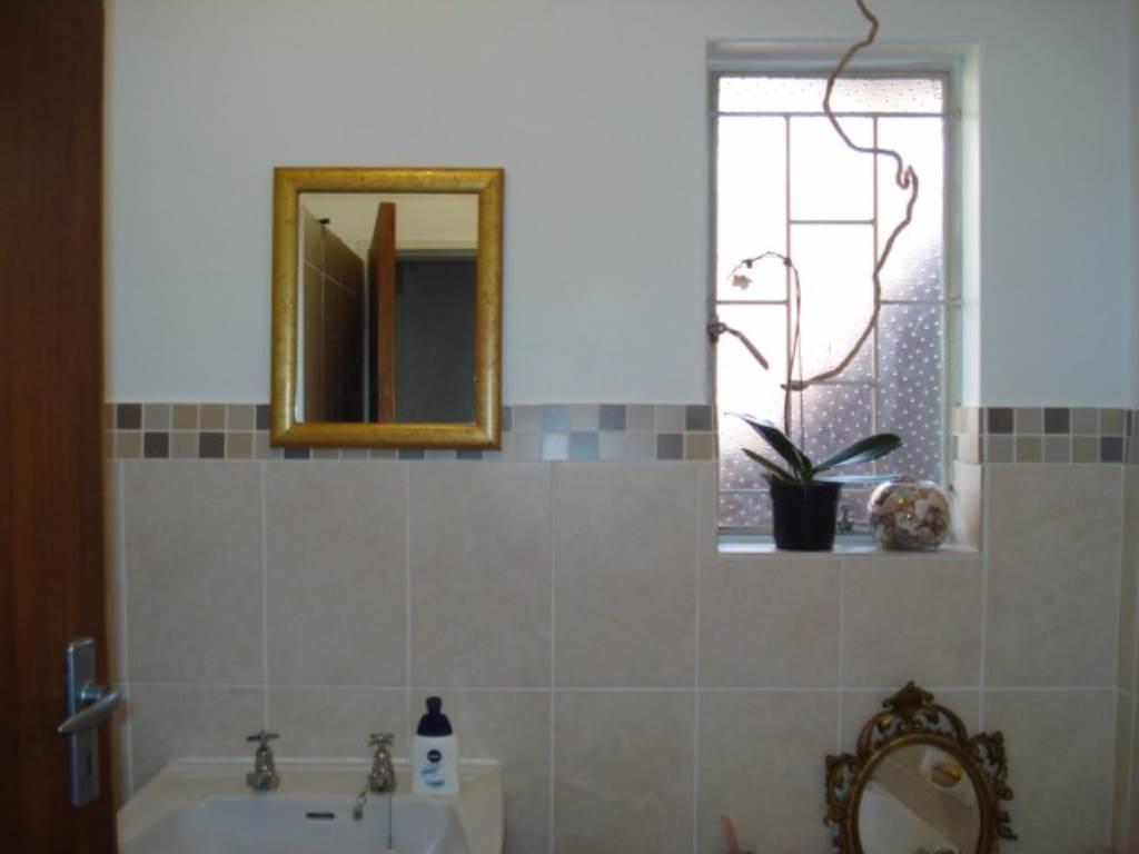 Erasmusrand property for sale. Ref No: 13534704. Picture no 20