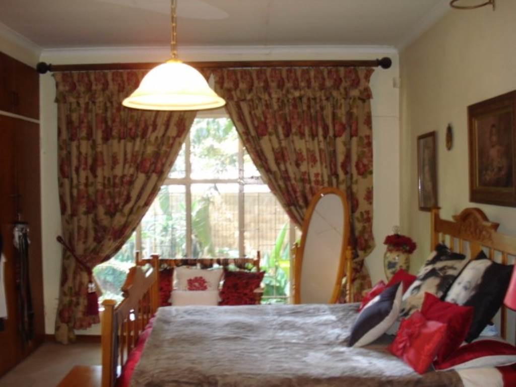 Erasmusrand property for sale. Ref No: 13534704. Picture no 24