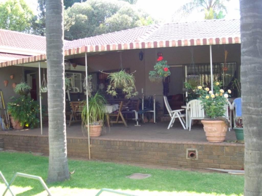 Erasmusrand property for sale. Ref No: 13534704. Picture no 31