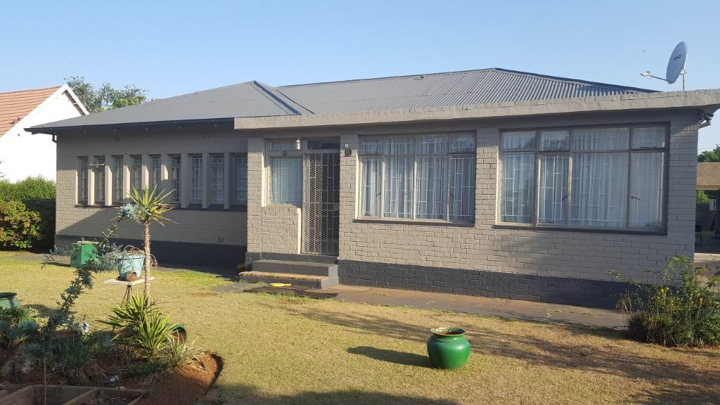 3 BedroomHouse For Sale In Delmas West