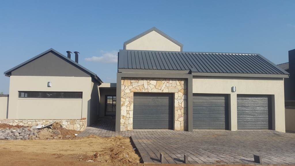 Property and Houses for sale in Midstream Ridge, House, 4 Bedrooms - ZAR 4,840,000
