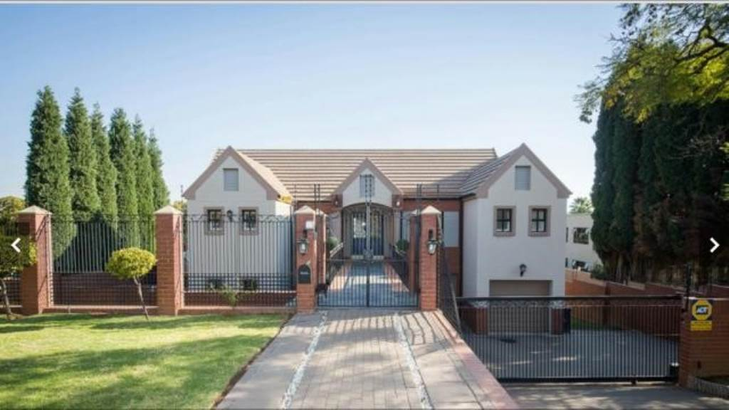 Pretoria, Waterkloof Ridge Property    Houses To Rent Waterkloof Ridge, WATERKLOOF RIDGE, House 4 bedrooms property to rent Price:, 29,00*