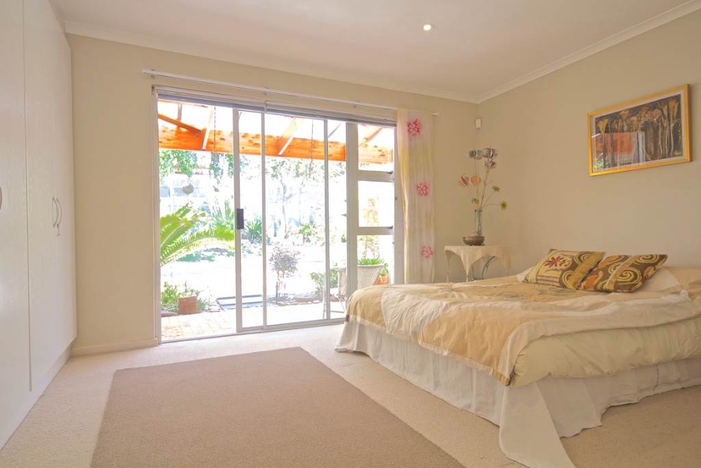 West Beach property for sale. Ref No: 13475674. Picture no 17