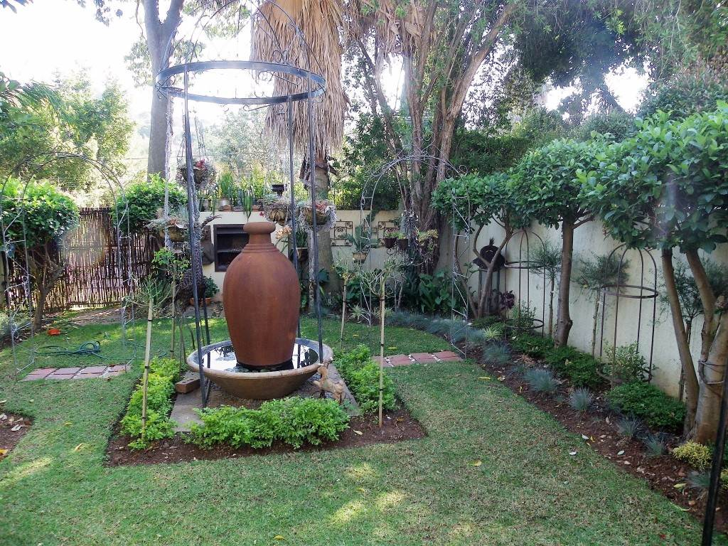Waterkloof Heights And Ext property for sale. Ref No: 13534763. Picture no 20
