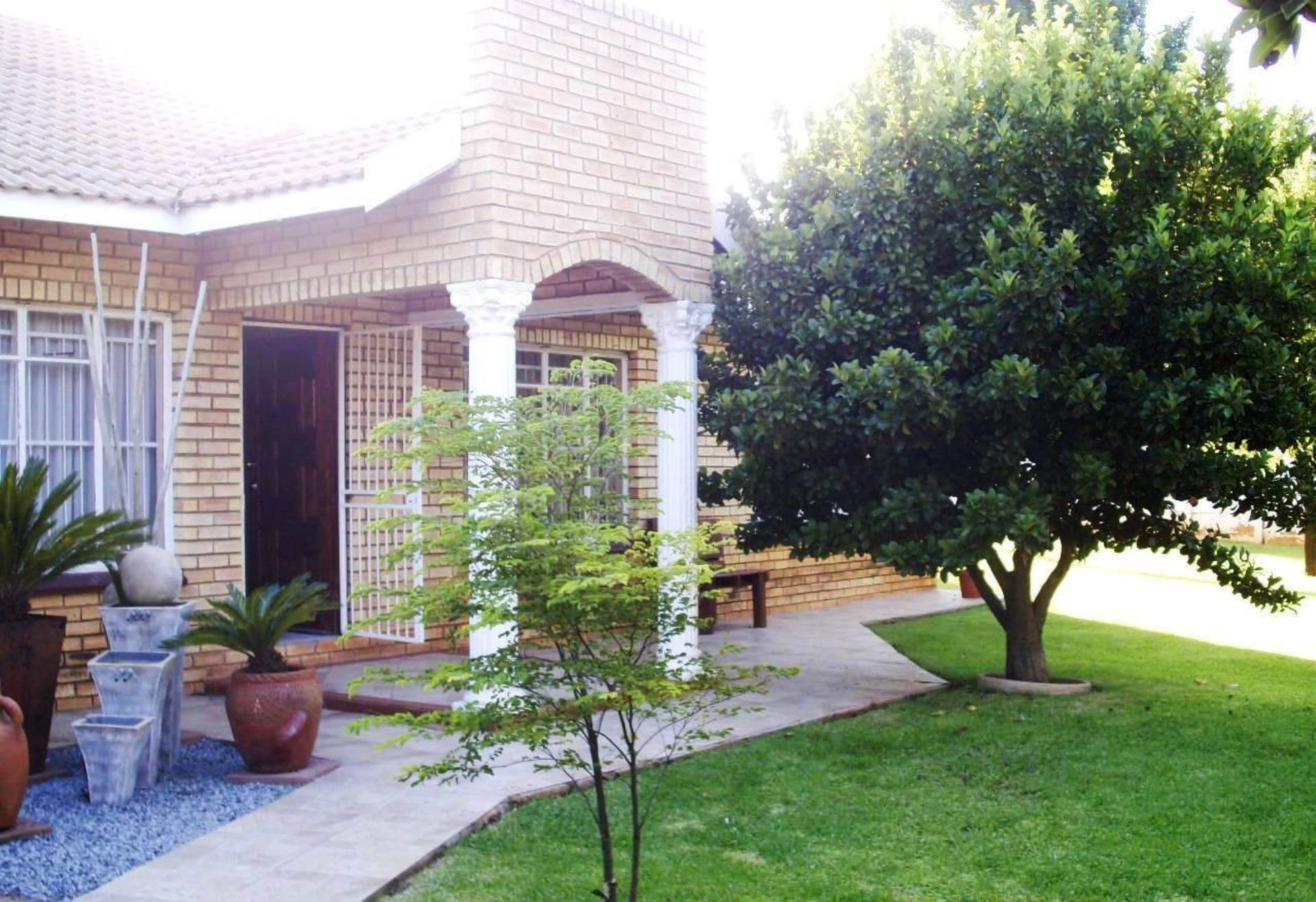 3 BedroomHouse For Sale In Eloff