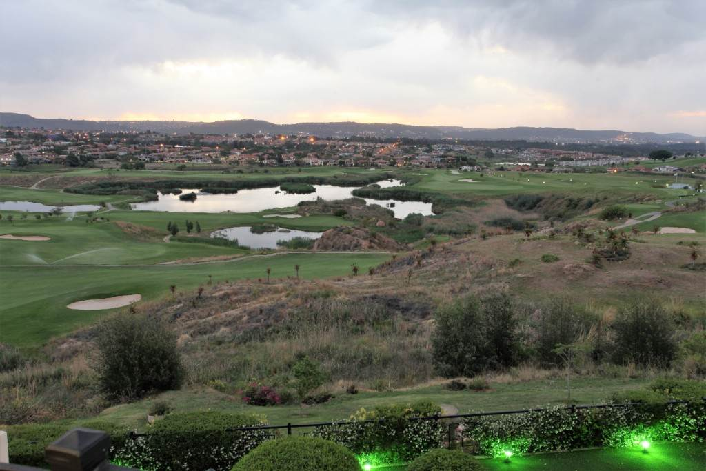 Eagle Canyon Golf Estate property for sale. Ref No: 13617043. Picture no 7