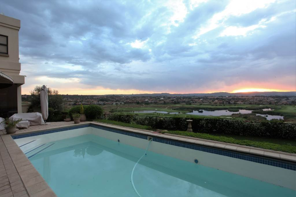 Eagle Canyon Golf Estate property for sale. Ref No: 13617043. Picture no 2