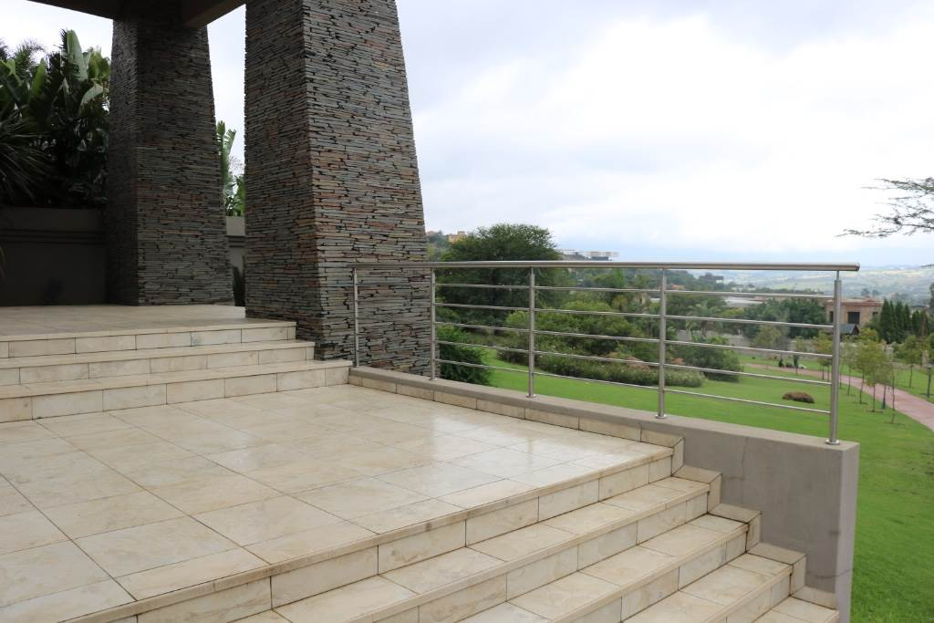 Property and Houses for sale in Mooikloof Equestrian Estate, House, 4 Bedrooms - ZAR 11,390,000