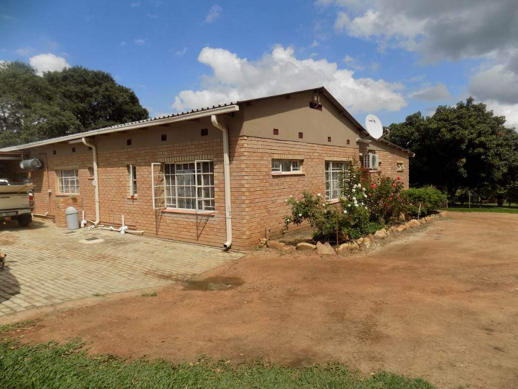 7 BedroomFarm For Sale In Tzaneen