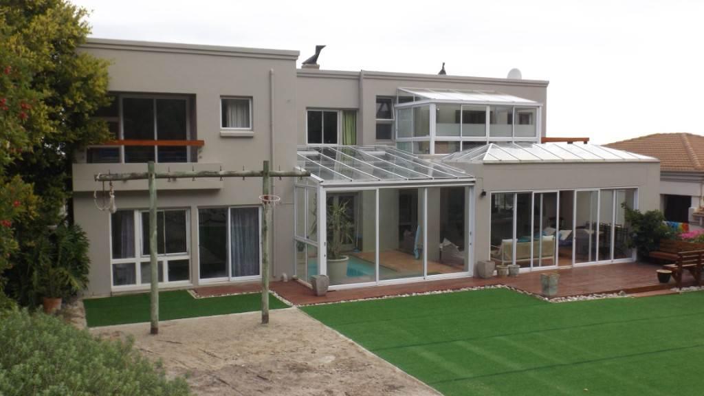8 BedroomHouse For Sale In Hermanus Heights