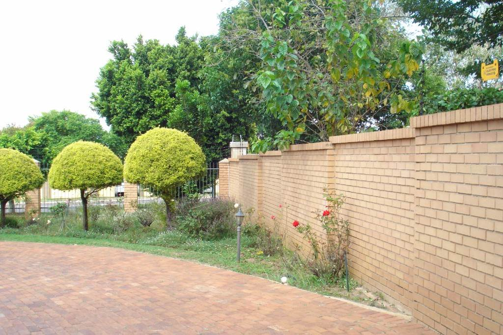 Waterkloof Ridge And Ext property for sale. Ref No: 13581027. Picture no 26