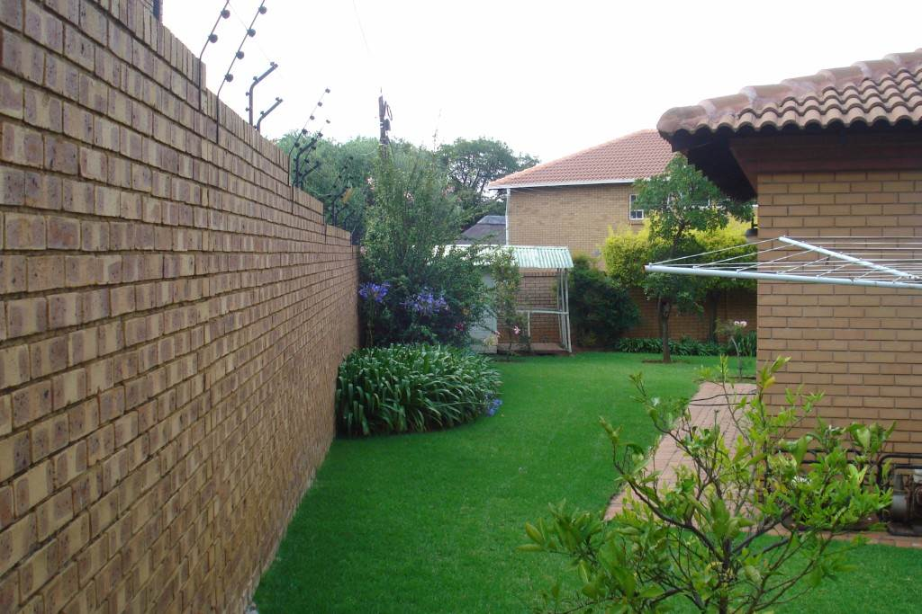 Waterkloof Ridge And Ext property for sale. Ref No: 13581027. Picture no 25