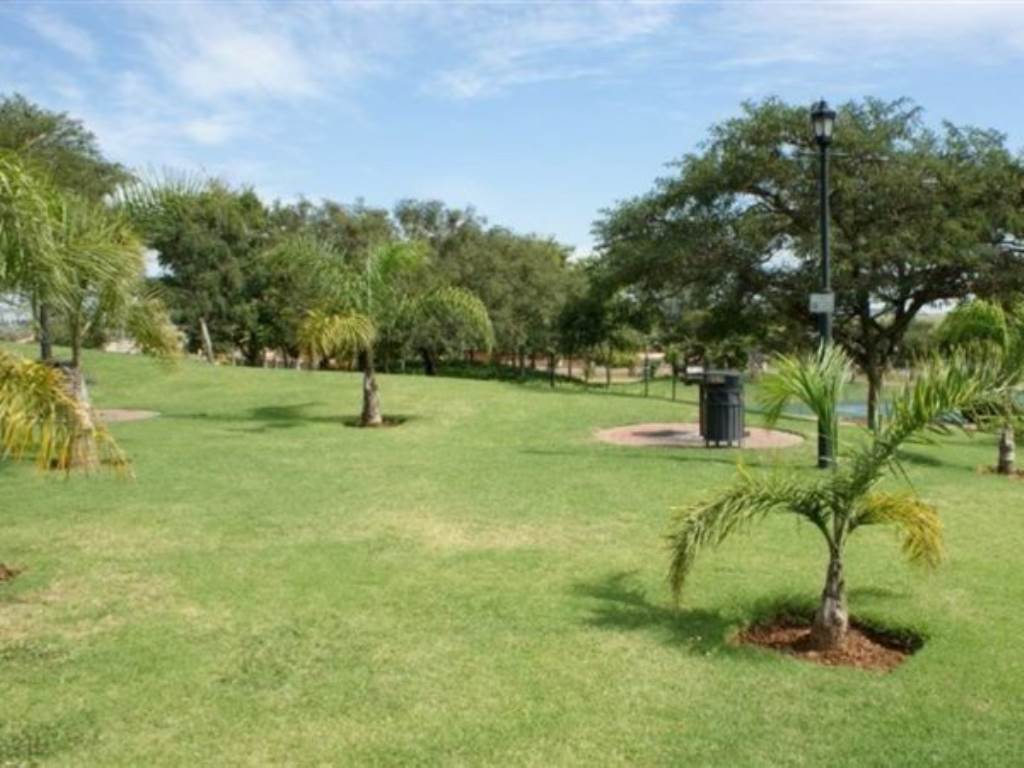 Mooikloof Ridge property for sale. Ref No: 13534864. Picture no 18