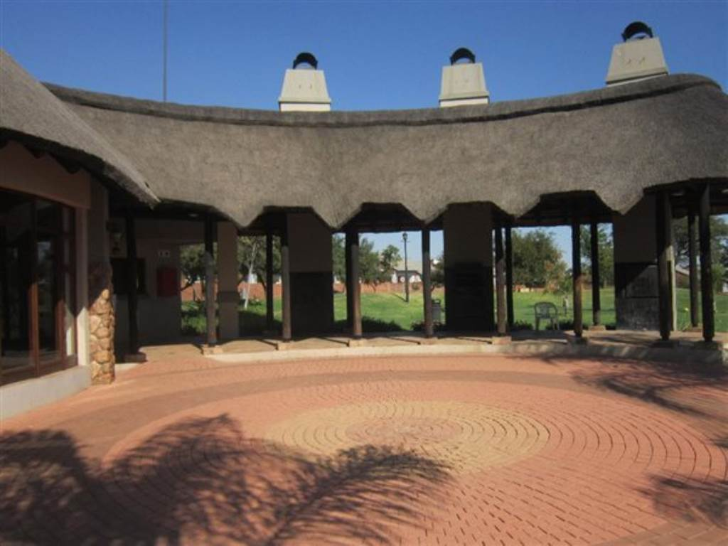 Mooikloof Ridge property for sale. Ref No: 13534864. Picture no 19