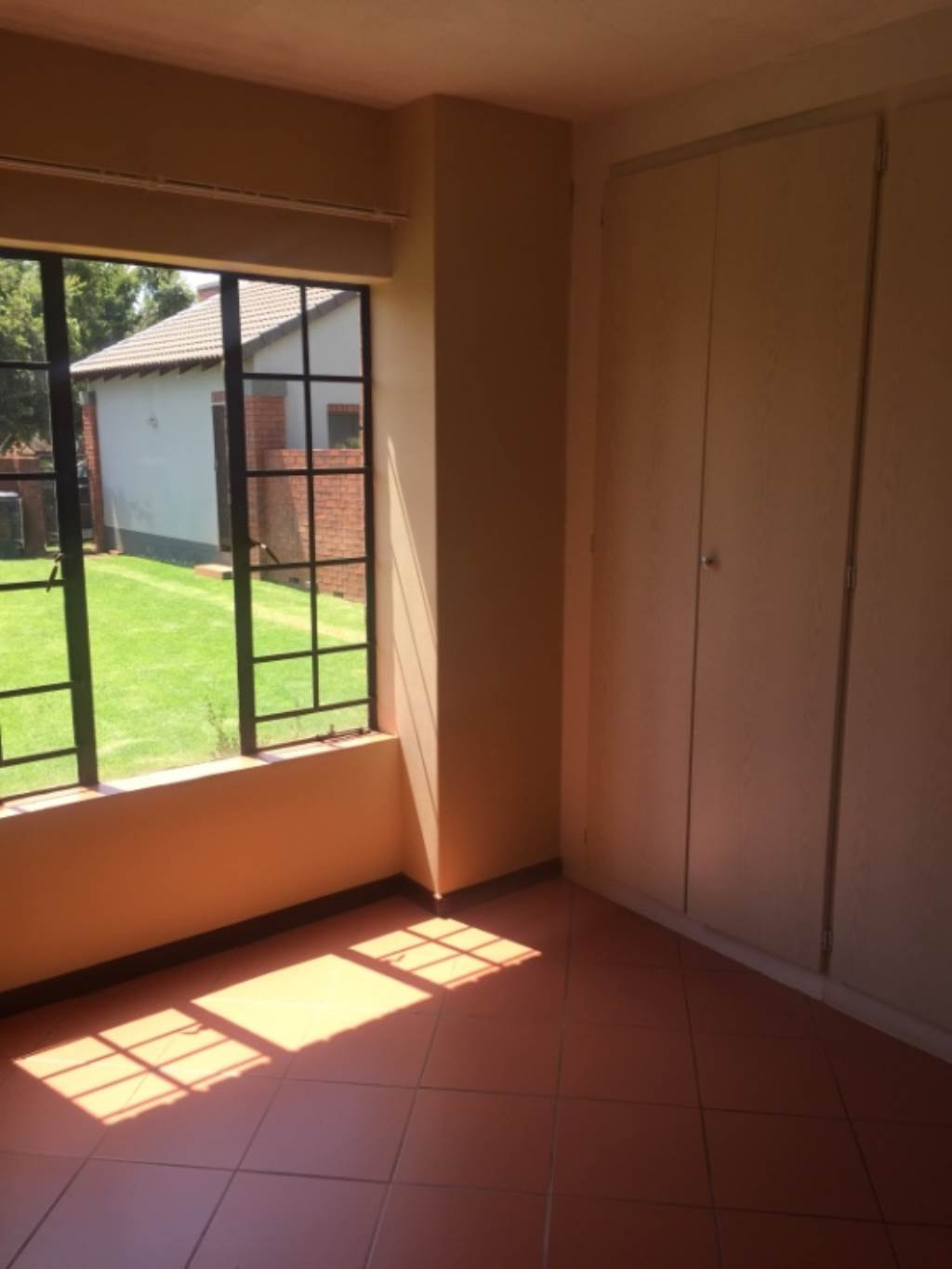 Mooikloof Ridge property for sale. Ref No: 13534864. Picture no 4