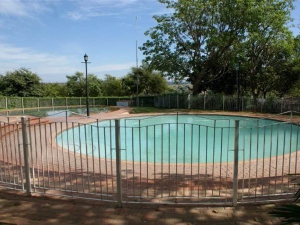 Mooikloof Ridge property for sale. Ref No: 13534864. Picture no 16