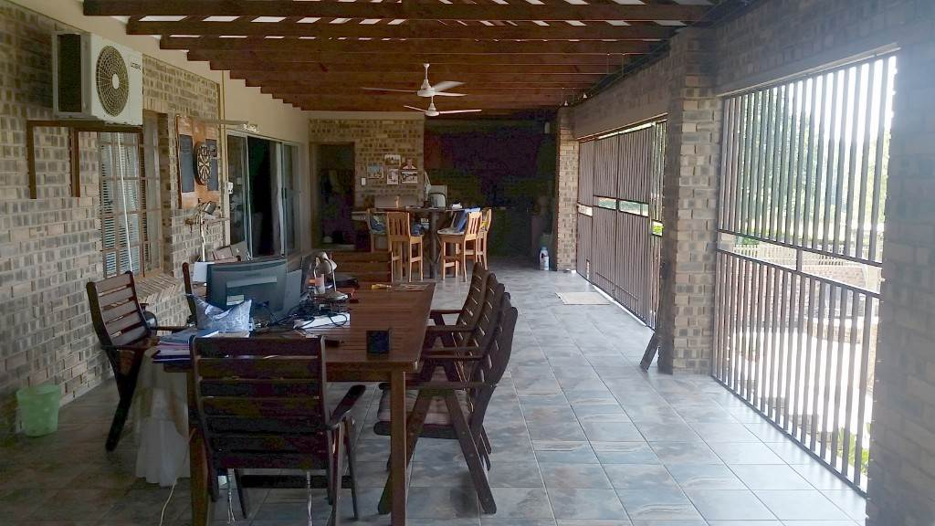 4 BedroomSmall Holding For Sale In Lushof A H