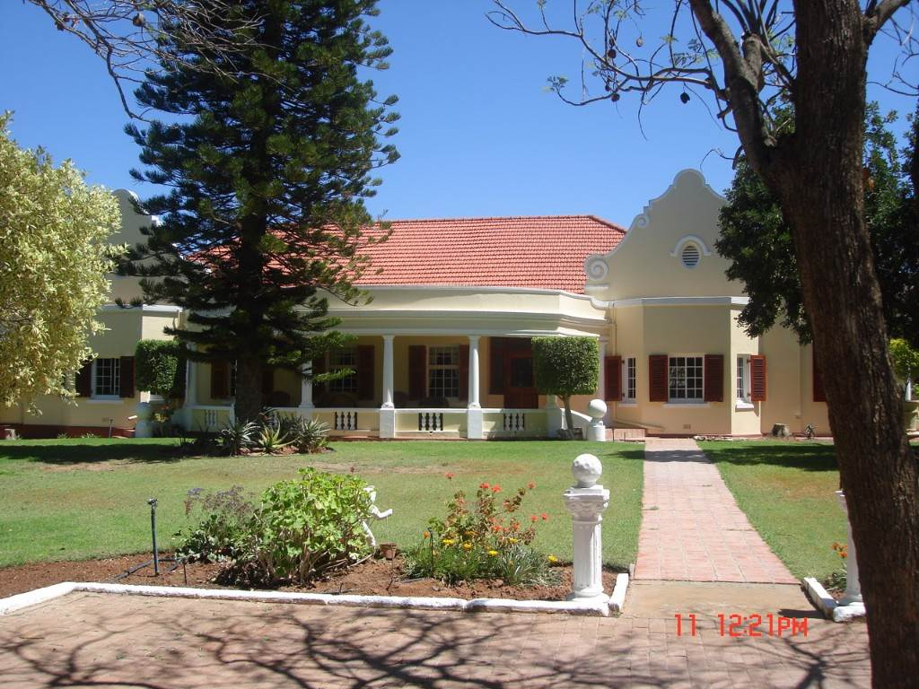 5 BedroomHouse For Sale In Vanrhynsdorp